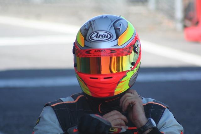 barevná helma