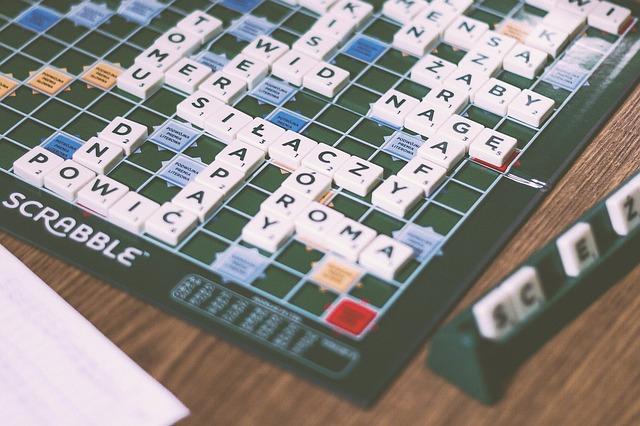 spoločenská hra Scrabble.jpg