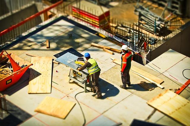 muži na stavbe.jpg